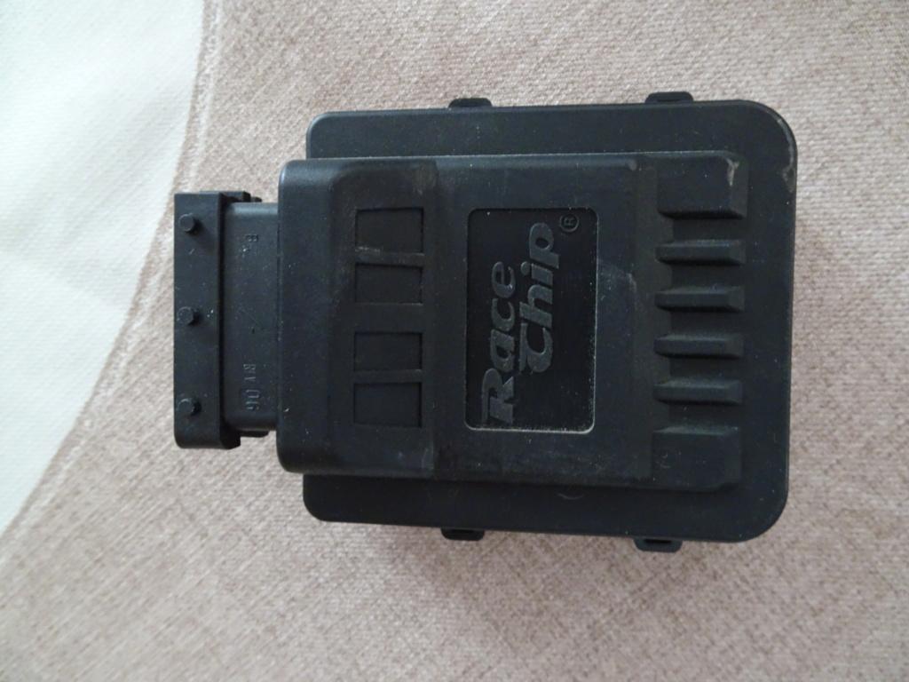 vend boitier injecteur racechip 1.5 dci 110 Dsc09322