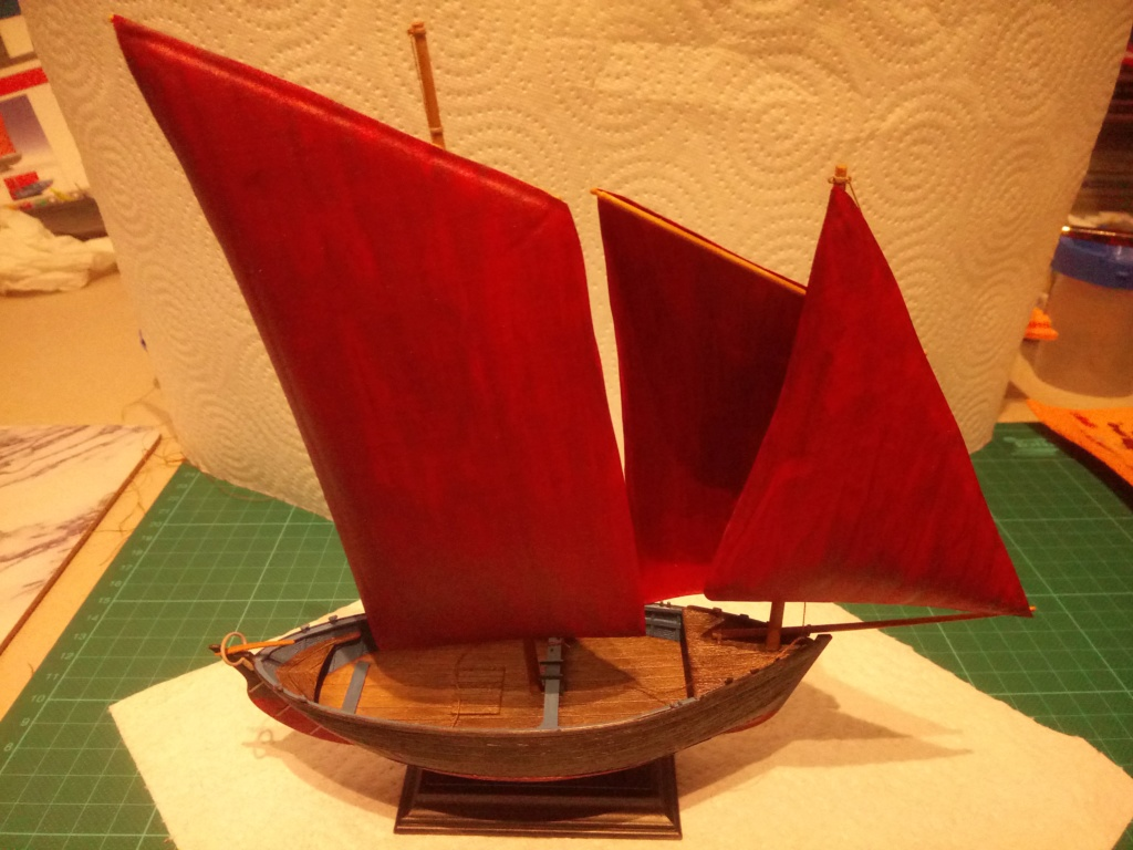 Sinagot 1/60 Heller - Page 2 Voiles11