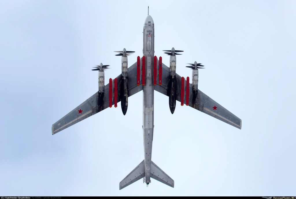 """Tu-95MS """"Bear"""" - Page 7 26735310"""