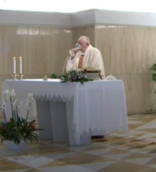 Messe quotidienne avec le pape François tous les jours en direct - Page 2 Aaaaaa18