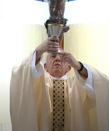Messe quotidienne avec le pape François tous les jours en direct - Page 2 Aaaaaa34
