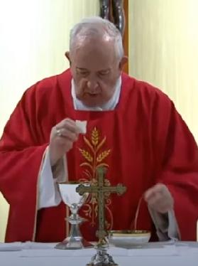 Messe quotidienne avec le pape François tous les jours en direct - Page 2 Aaaaaa78