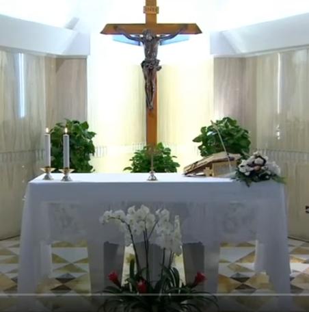 Messe quotidienne avec le pape François tous les jours en direct - Page 2 Aaaaaa82