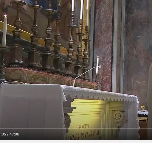 Messe quotidienne avec le pape François tous les jours en direct - Page 2 Aaaaaa94