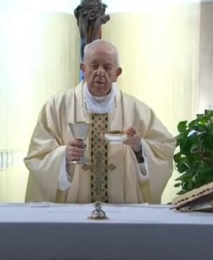 Messe quotidienne avec le pape François tous les jours en direct - Page 2 Aaaame18