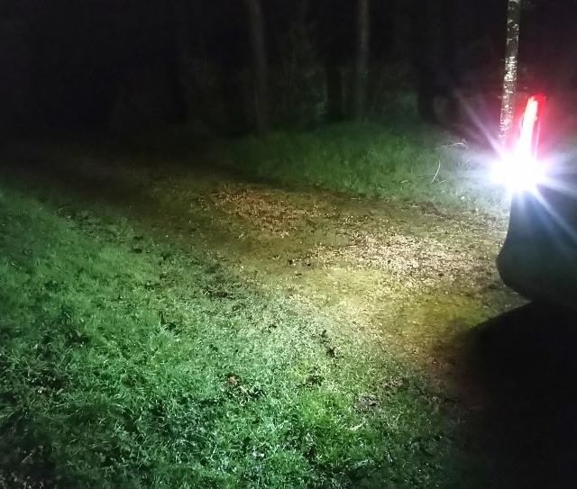 Tuto pour augmenter la luminosité des feux de recul sur feux à leds (Classe V et Vito) Feux_l10
