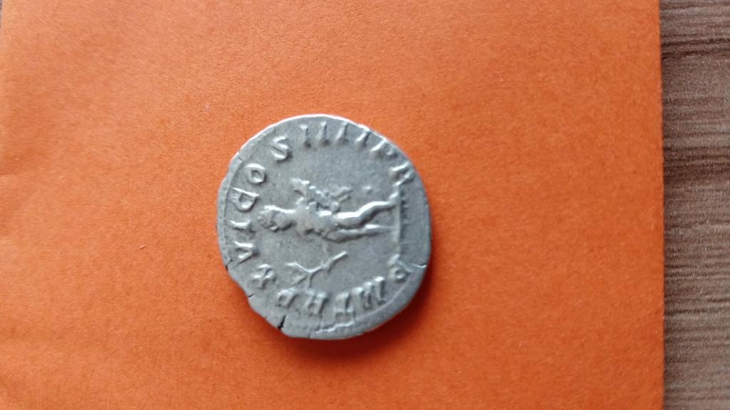 Denario de Caracalla. PM TR P XVI COS IIII PP. Hércules a izq. Roma Photo_48