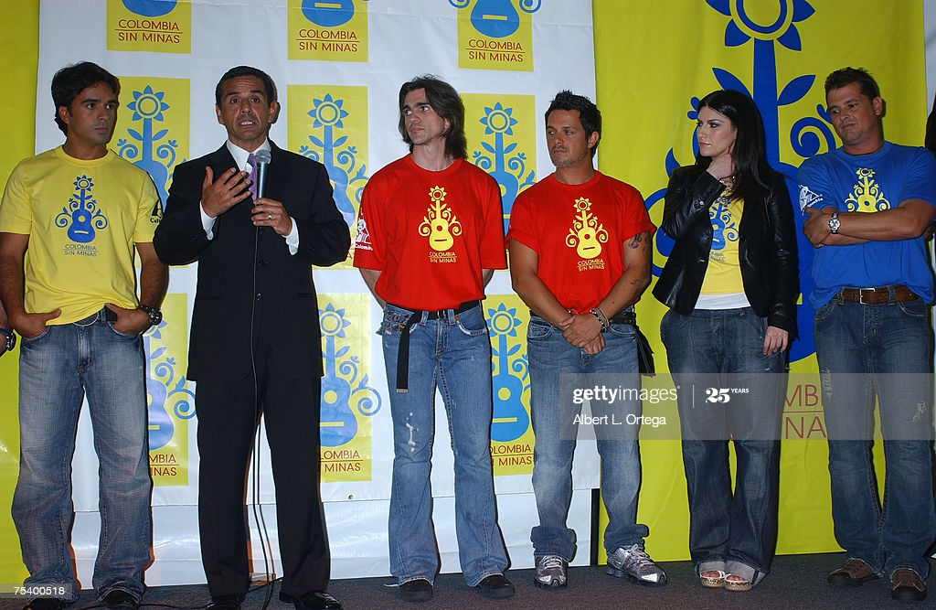 ¿Cuánto mide Laura Pausini? - Altura - Real height Gettyi19