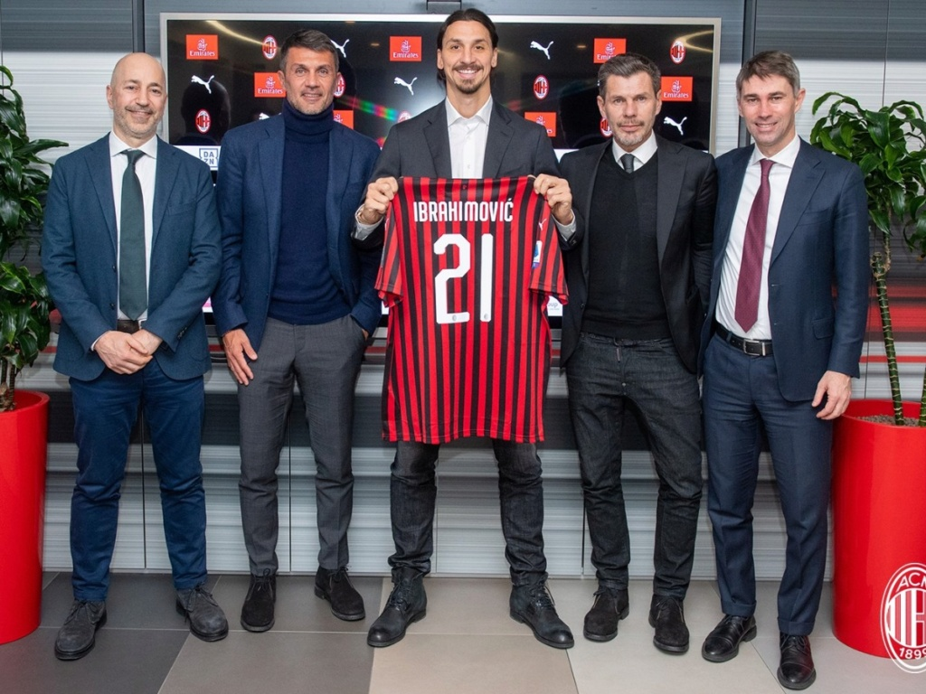 ¿Cuánto mide Paolo Maldini? - Altura - Real height Ibra_n10