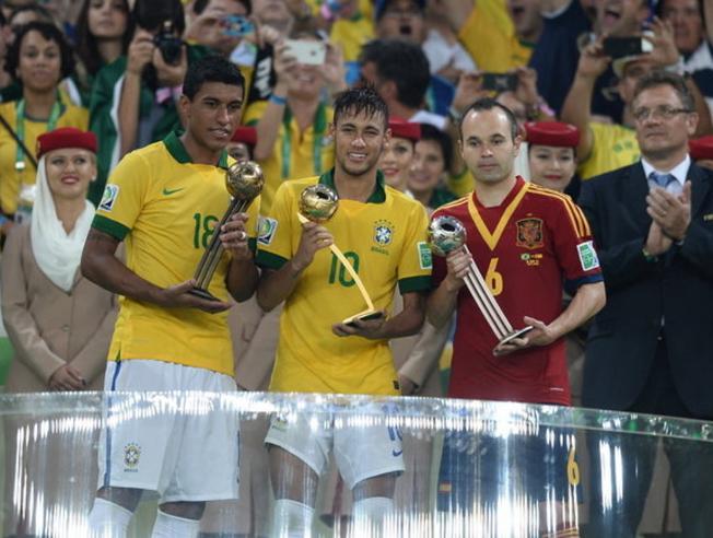 ¿Cuánto mide Andrés Iniesta? - Altura - Real height - Página 2 Md_20110