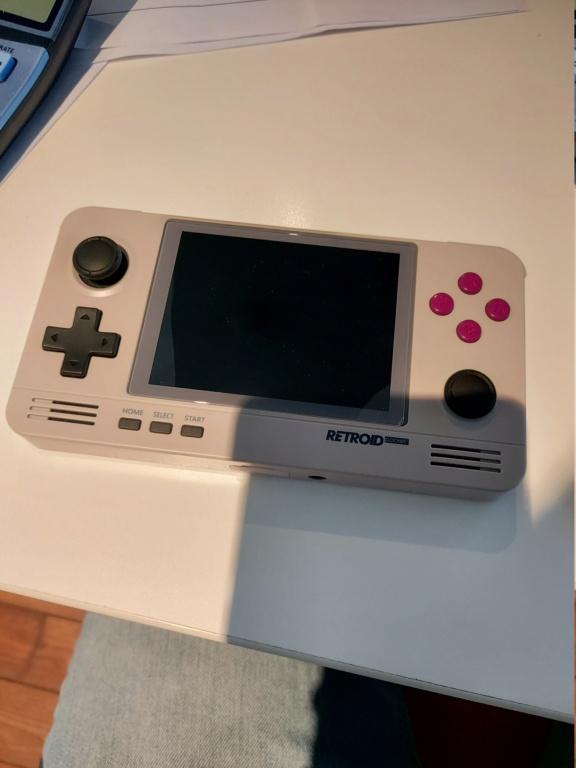 (Vendue) Vends Retroid Pocket V2 20201010