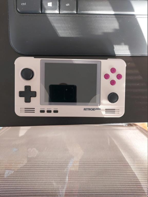 (Vendue) Vends Retroid Pocket V2 20201011