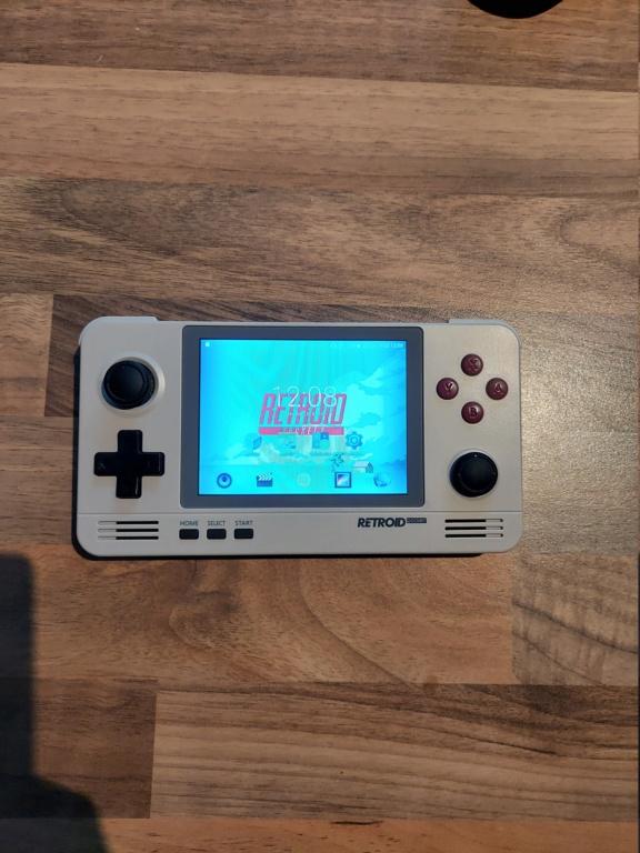 (Vendue) Vends Retroid Pocket V2 20201014