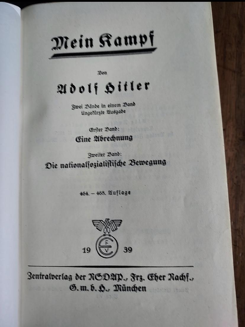 Mein Kampf ?  5c7a3510