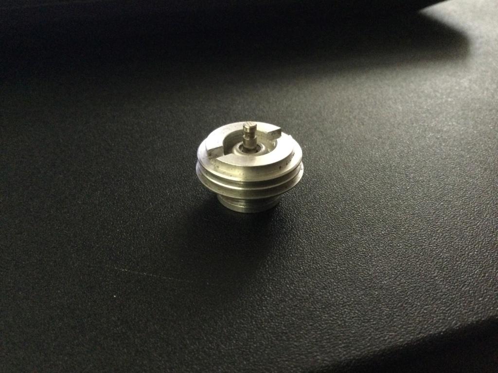 Need help identifying this glow head Adf4b710