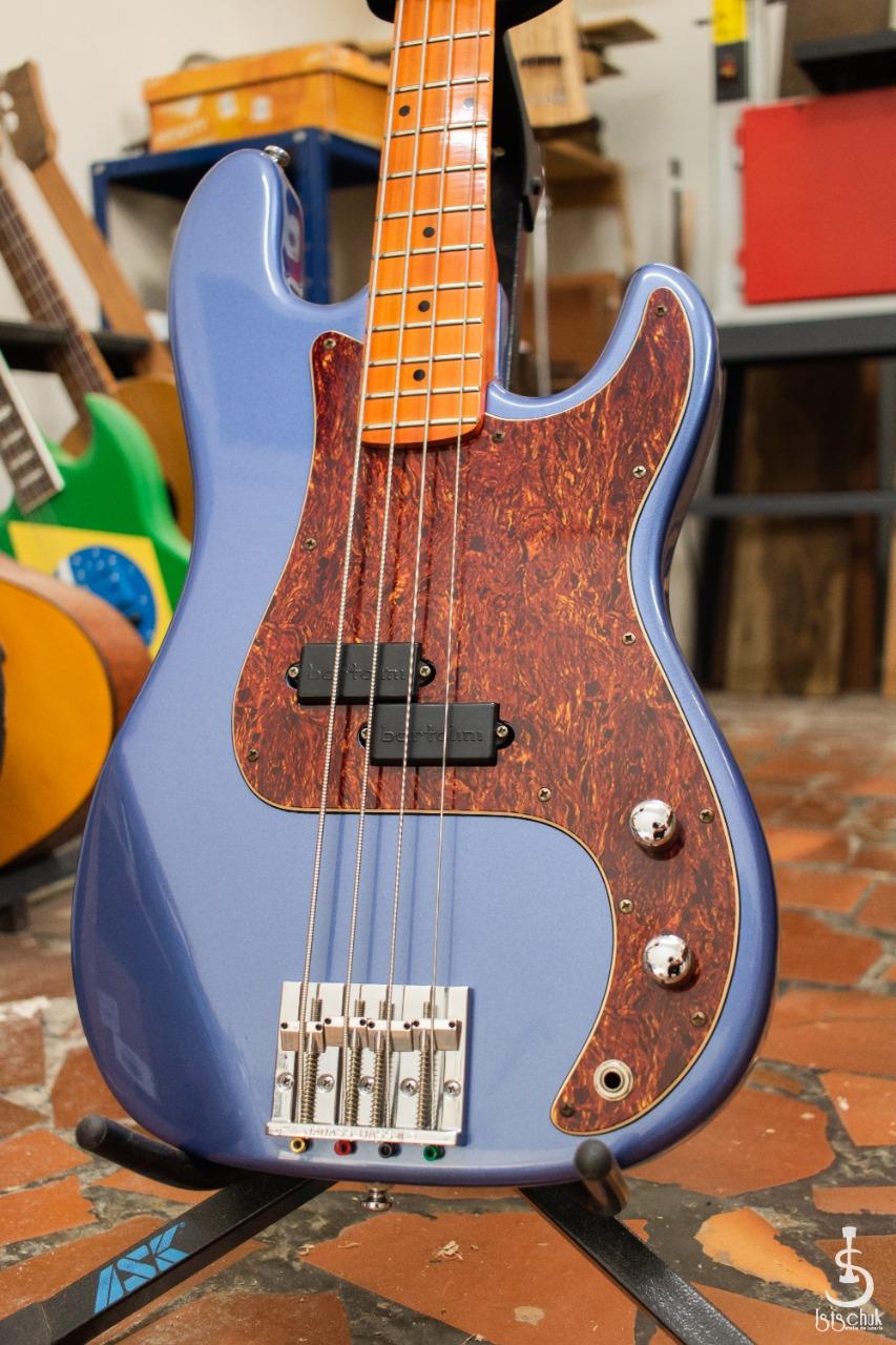 Reforma de Precision Bass feita pela IS Luteria de Curitiba   B210