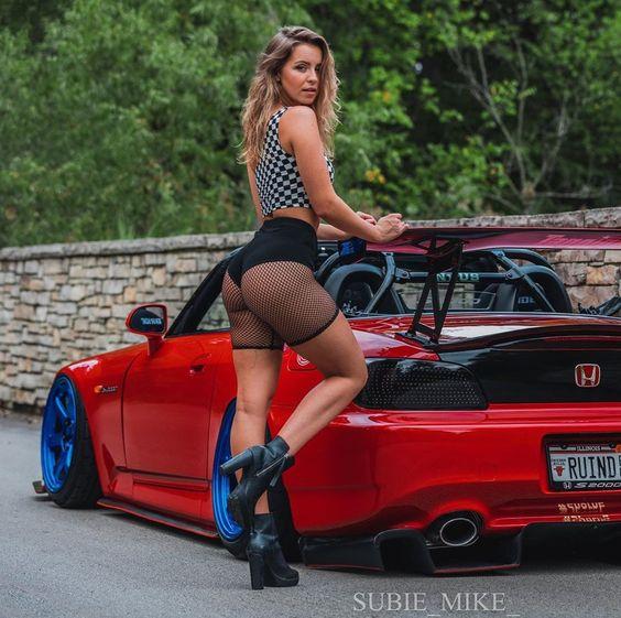 Les Jolies Femmes et l'Automobile XV - Page 8 -1ac8510