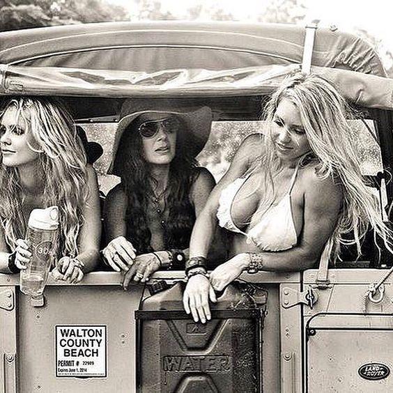 Les Jolies Femmes et l'Automobile XV - Page 2 -253bd10