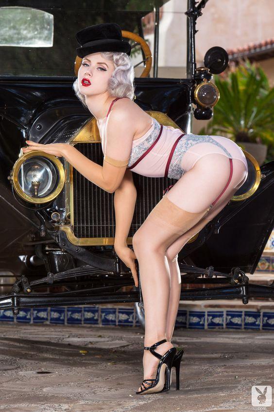 Les Jolies Femmes et l'Automobile XV - Page 2 -f34be10