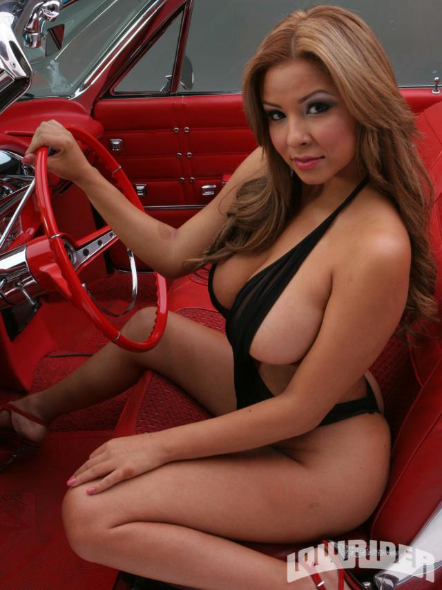 Les Jolies Femmes et l'Automobile XV - Page 4 -favio10