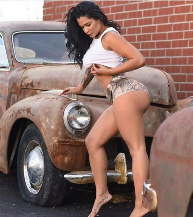 Les Jolies Femmes et l'Automobile XV - Page 5 -ob_5710