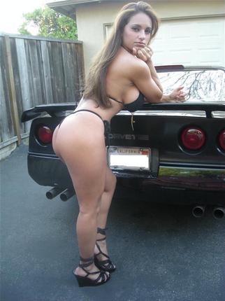 Les Jolies Femmes et l'Automobile XV - Page 3 -sexy-10