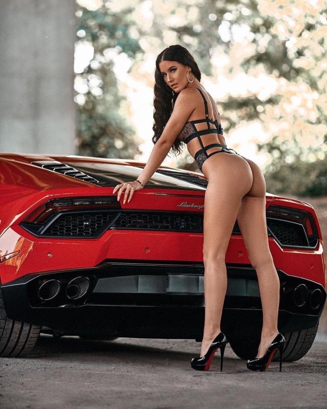Les Jolies Femmes et l'Automobile XV - Page 4 -tumbl23