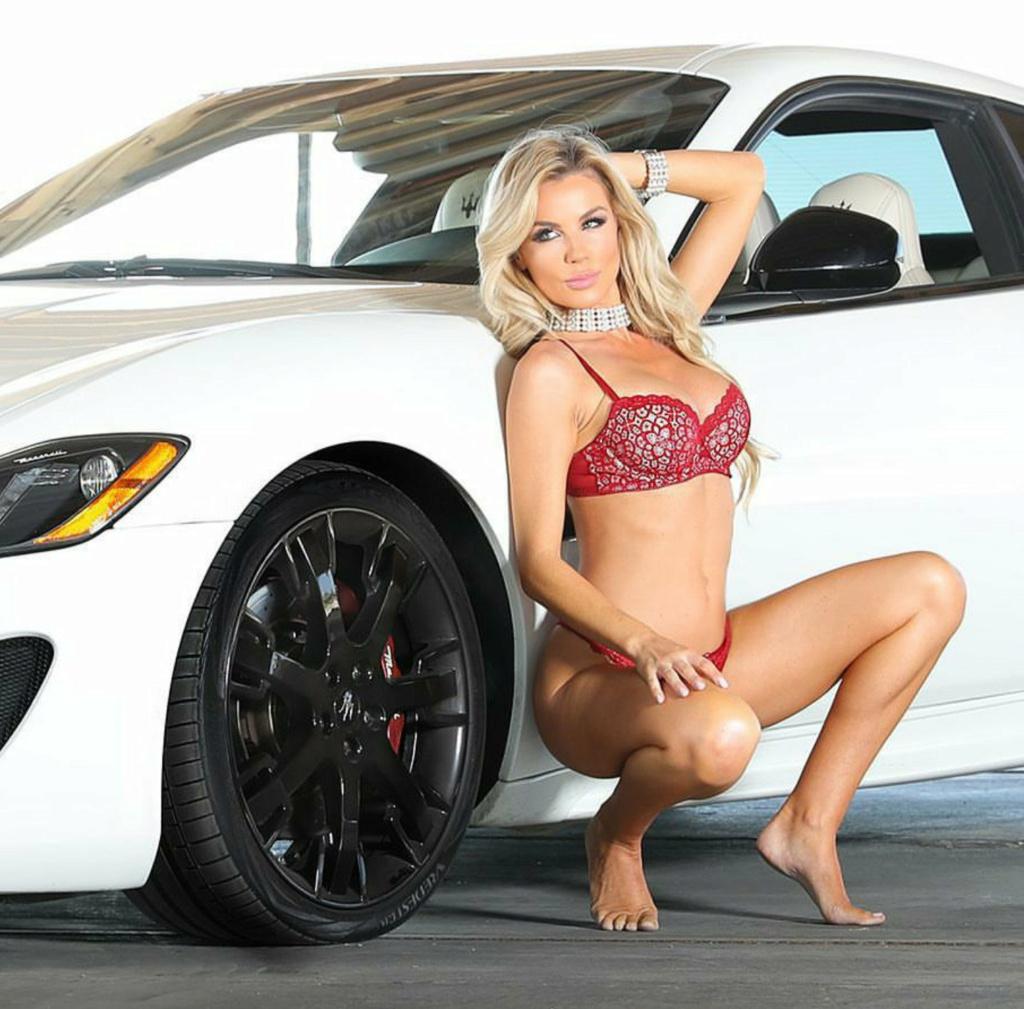 Les Jolies Femmes et l'Automobile XV - Page 8 -vxre10