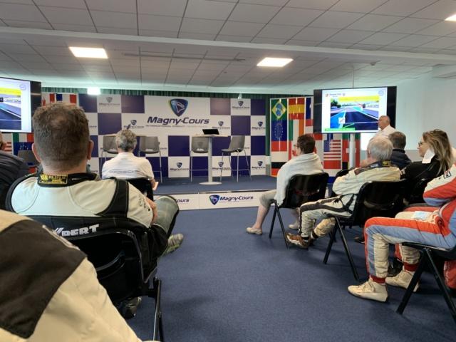 PORSCHE Club Motorsport Img_4517