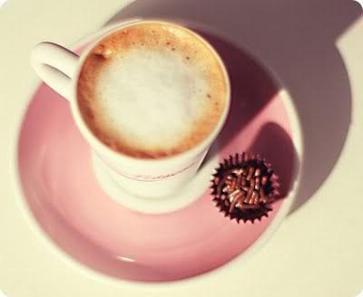 un p'tit café .. 62913910