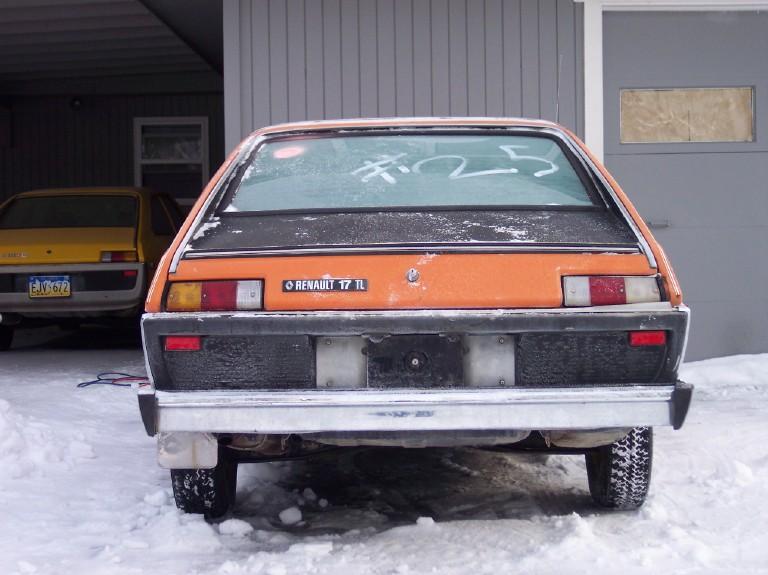 Renault 15 & 17 exotiques (US et autres) 100_1710