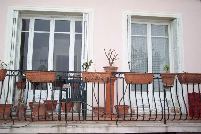idée jardinière pour balcon? Succul10