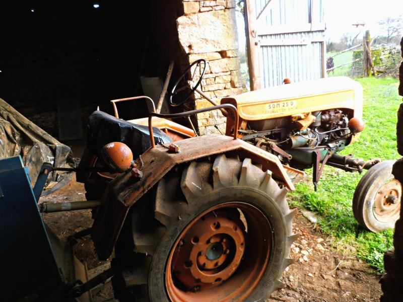 Photographiez des tracteurs ! - Page 2 P2260111