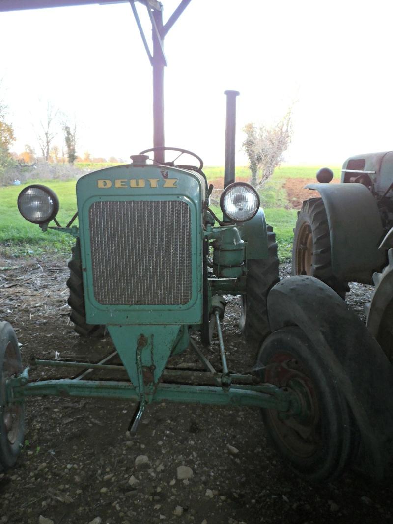 Photographiez des tracteurs ! - Page 2 Pc030111