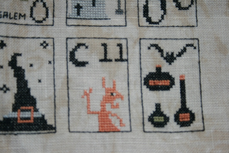 spooky countdown , primitive hare FINI - Page 13 Img_1221
