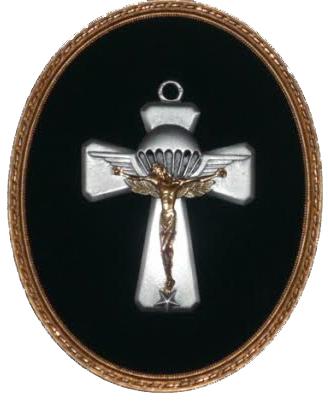 RETIRAGE CROIX DES AUMONIERS en étain massif , le Christ est doré à l'or fin. Croix-10