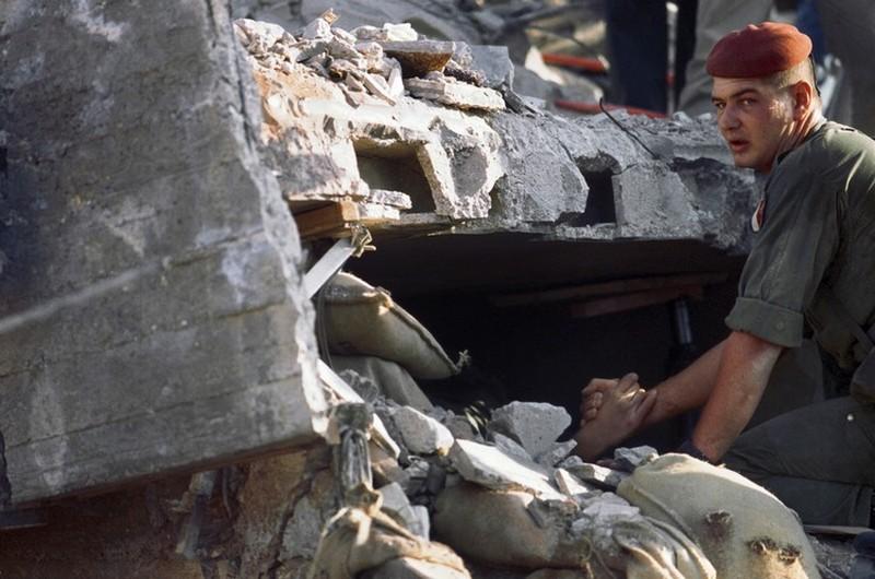 23 octobre 1983 DRAKKAR Beyrouth: 58 paracutistes des 1er et 9° RCP sont écrasés sous les décombres de l'immeuble qui servait de PC au 1er RCP
