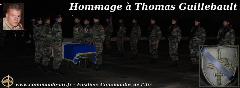 Honneurs militaires rendus au caporal Thomas Guillebault du CPA 20, décédé accidentellement en mission au Niger. Hommag10