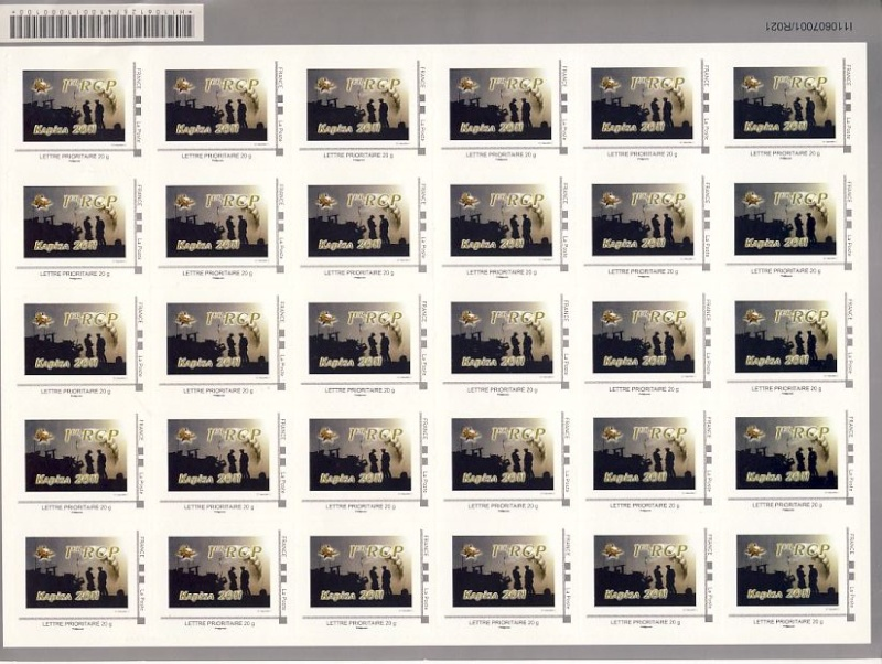 Planche de timbres achetée au foyer du 1er RCP, lors de la dissolution du bataillon RAPTOR Raptor12