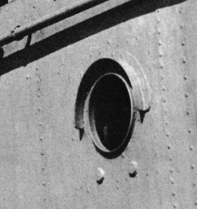 Richelieu au 350 Dakar 1940 -41  - Page 17 Hublot10