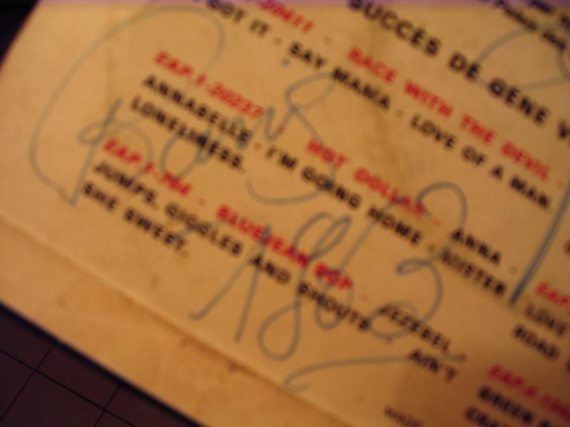 AUTHENTIFICATION DE DEDICACE DE GENE Img_0311