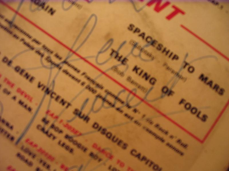 AUTHENTIFICATION DE DEDICACE DE GENE Img_0312