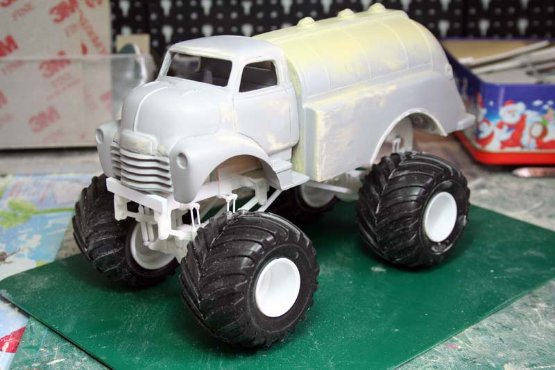 """CHEVY 1948 COE tanker Monster Truck  """"RUSTY"""" !!!! Terminé Img_7930"""