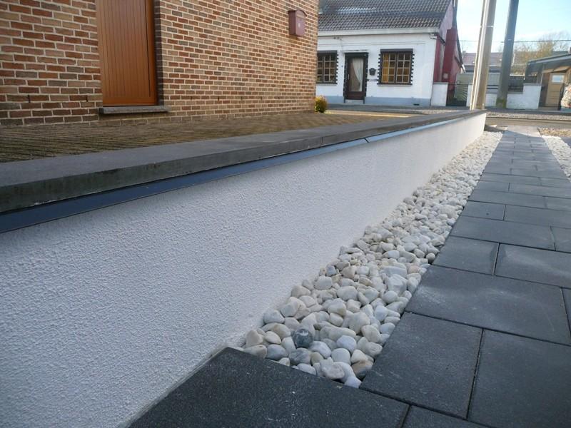 Terrasse et bandes de circulation - Page 2 P1300221