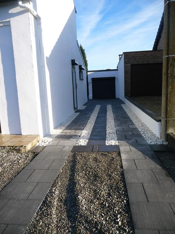 Terrasse et bandes de circulation - Page 2 P1300223