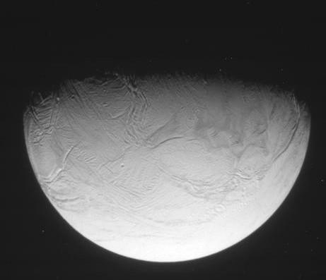 Cassini va s'approcher des geysers d'Encelade ... - Page 2 Image111