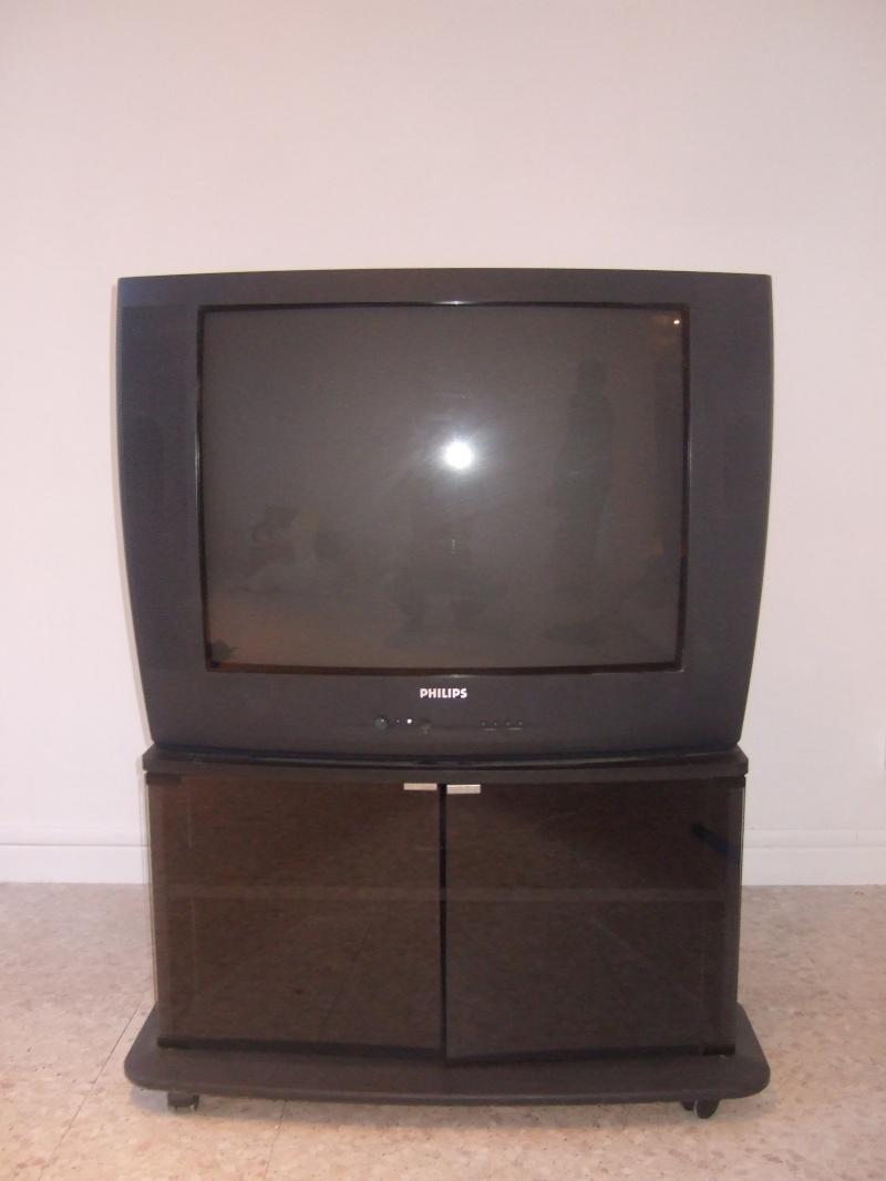 Vends TV + meuble TV Dscf7713