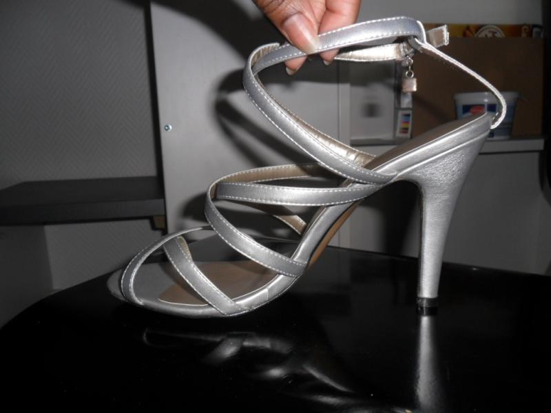 Mode, Galopines & Co : ici les stilettos, sneakers, bodycon, peplum... n'auront plus de secret pour vous ! Sam_2811
