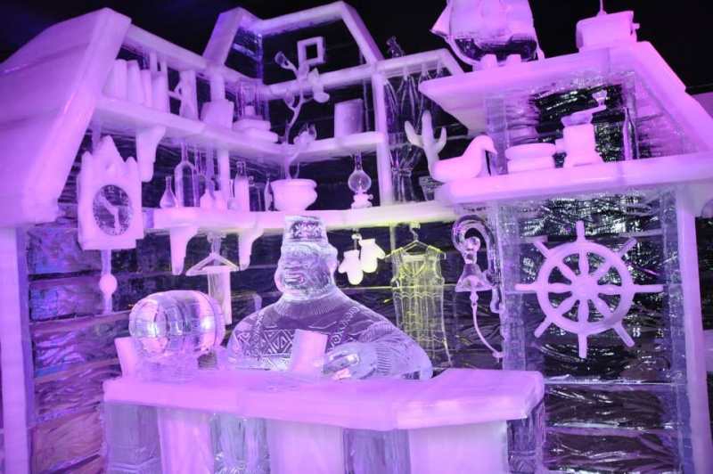 scuplture sur glaces disney bruges 2013 12334410