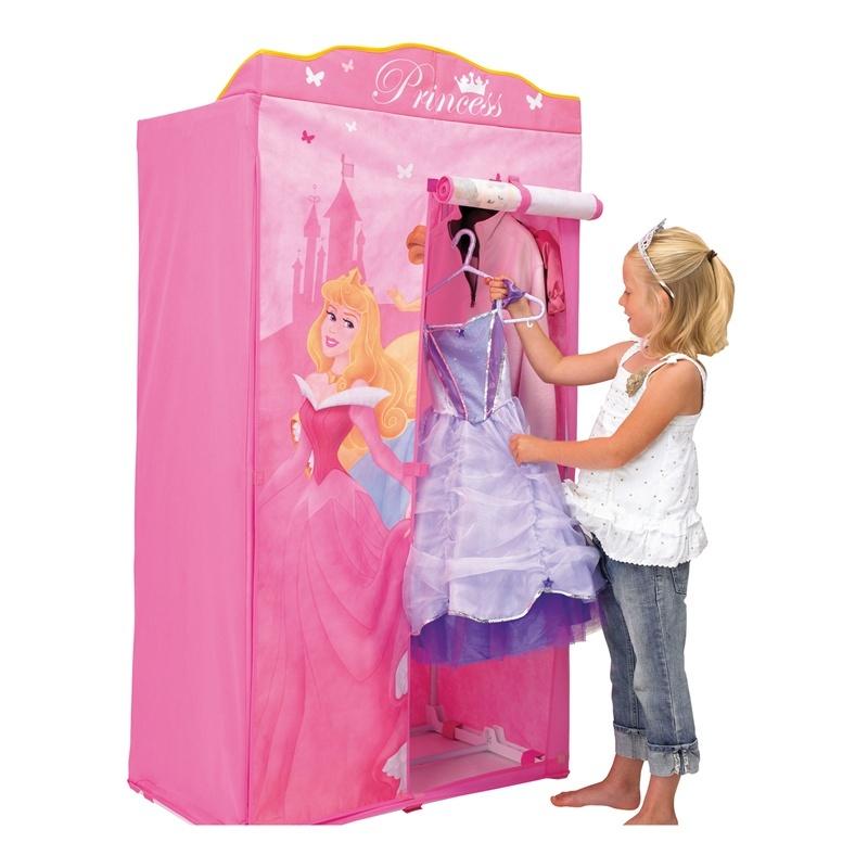 Les produits Disney dans les boutiques de vêtements (Kiabi, c&a, h&m, Undiz...) 9725910
